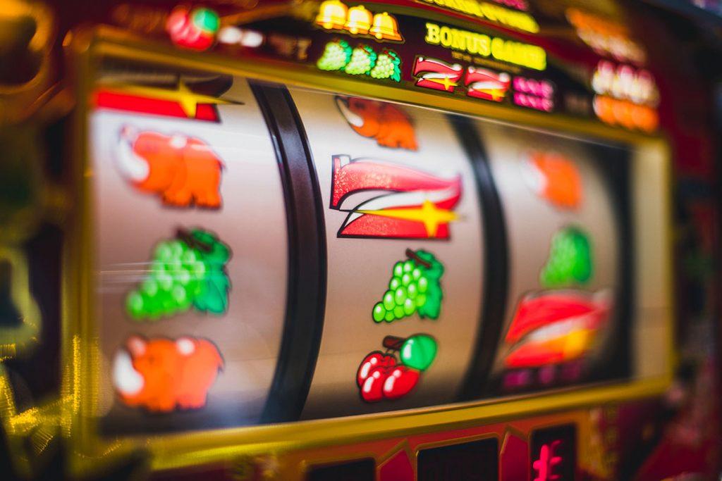 signs of compulsive gambling