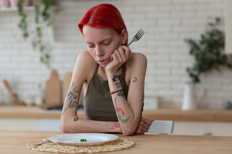 Binge Eating Disorder: Symptoms, Causes and Treatment